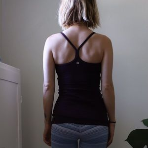 Lululemon tank w/built in sports bra